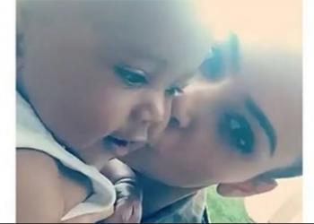 Kim Kardashian e la prima parola pronunciata da Saint