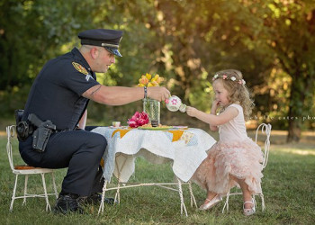 Il poliziotto e la bambina: storia di un salvataggio
