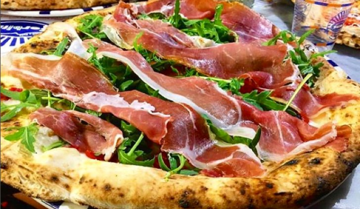 Pizze che si possono mangiare in gravidanza Credits © Sorbillo Instagram