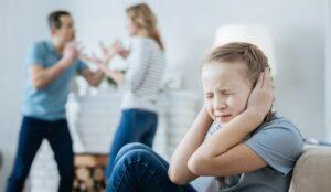 VIOLENZA PSICOLOGICA SUI FIGLI conseguenze e come si riconosce