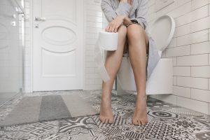 Come fare la cacca dopo il parto: consigli per andare di corpo
