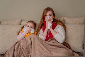Come proteggere i bambini dalle malattie di stagione [VIDEO]