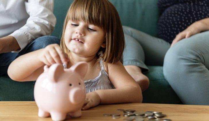 come insegnare a risparmiare ai bambini